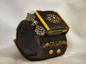 Steampunk Bracer View 1