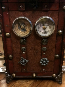 Steampunk Time Machine backpack knobs and gauges.